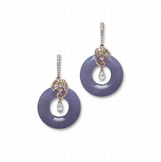 """天然紫翡翠""""平安扣""""配钻石吊耳环一对"""