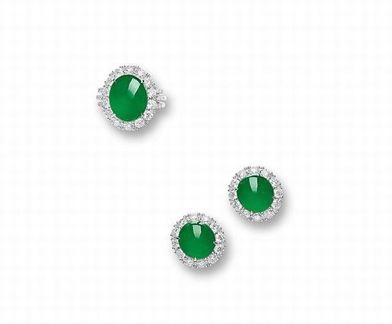 天然翡翠配钻石戒指及耳环套装