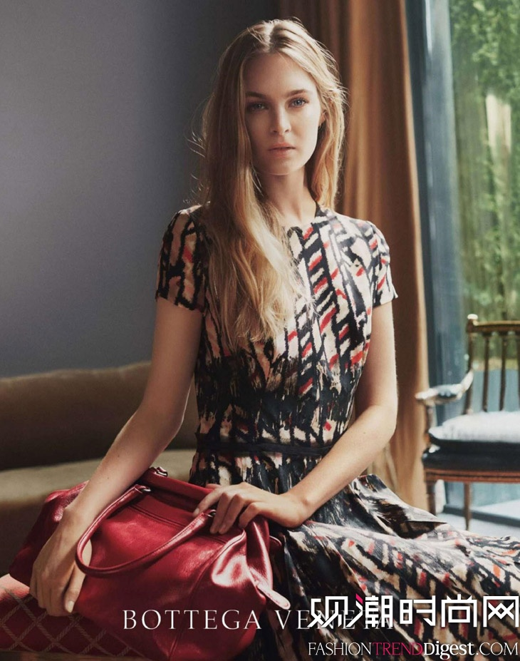 Laura Love拍摄Bottega Veneta 2014度假系列广告高清图片