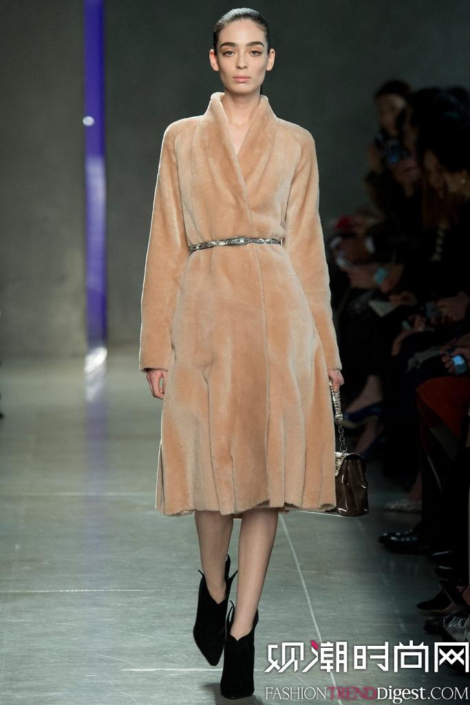 Bottega Veneta  2014秋冬米兰时装周女装秀场高清图片