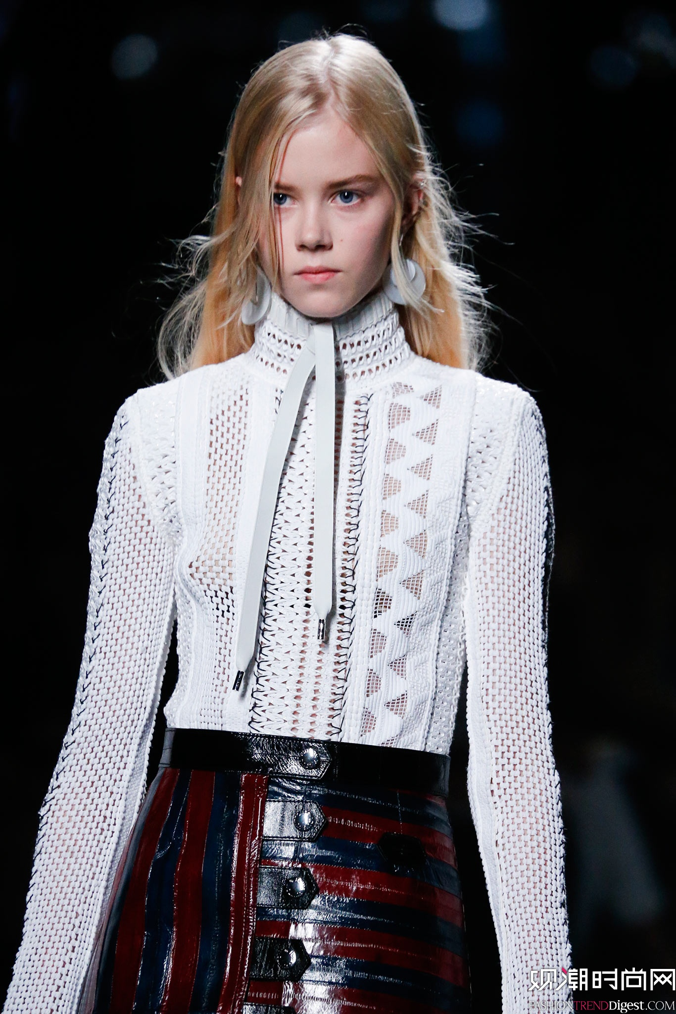 Louis Vuitton 2015春夏巴黎时装周秀场高清图片