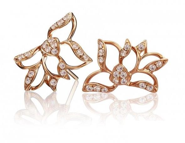 在近几年来,亚洲珠宝设计师的作品频频出现在世界的舞台上,Michelle Ong、Wallace Chan、Cindy Chao这些名字在2013年获得褒奖无数。这些亚洲珠宝设计师以其独特的文化背景,将中国东方文化融入其中,中西结合,打造出了不少惊艳之作。  在近几年来,亚洲珠宝设计师的作品频频出现在世界的舞台上,Michelle Ong、Wallace Chan、Cindy Chao这些名字在2013年获得褒奖无数。这些亚洲珠宝设计师以其独特的文化背景,将中国东方文化融入其中,中西结合,打造出了