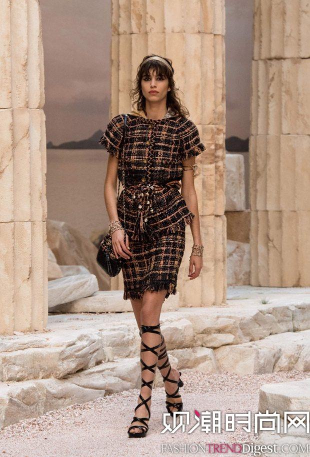 奢侈品网购网站_Chanel 2018早春度假系列秀场高清图片-品牌库-观潮时尚网