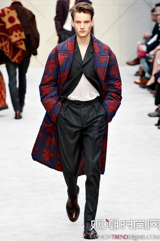以苏格兰毛毯手工制作的圣艾夫斯手袋可接受预购