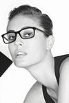 Chanel 珍藏系列眼镜广告由老佛爷掌镜