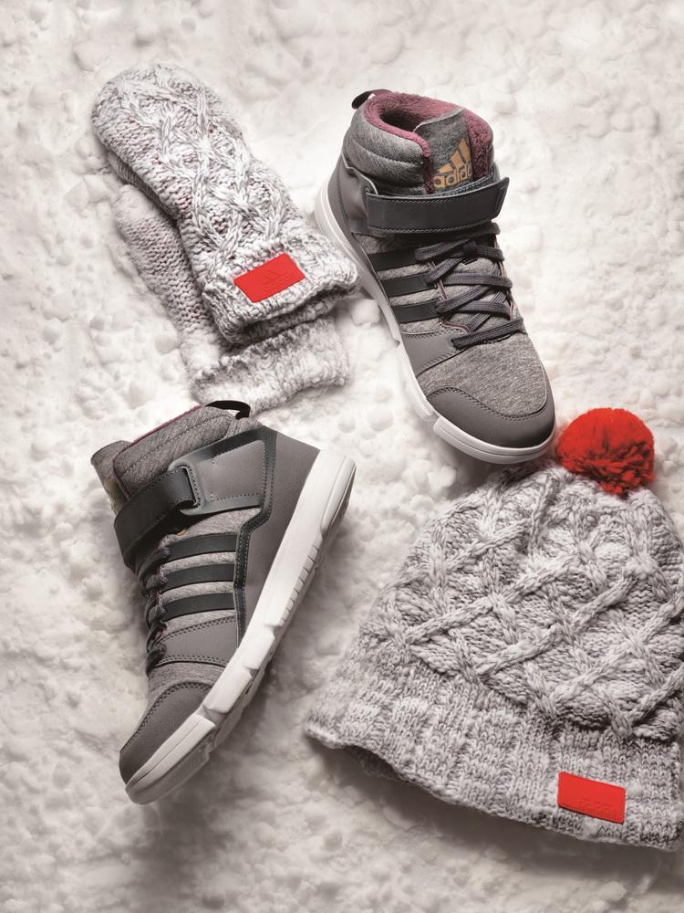 阿迪达斯 训练 冬季 新款/2013年冬季,阿迪达斯训练带来新一季冬季舞蹈鞋。
