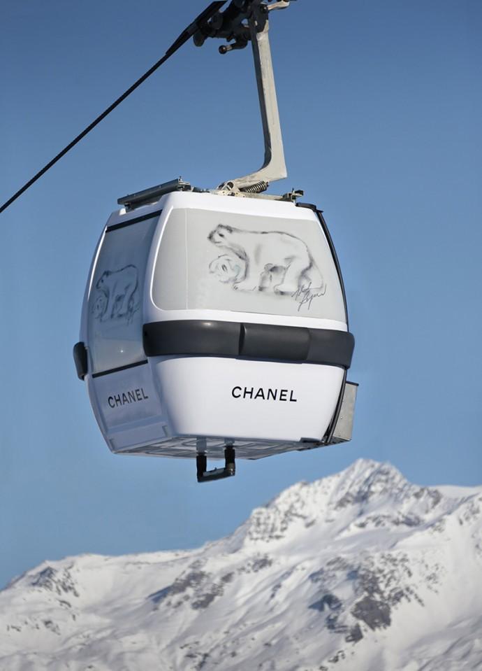 Karl Lagerfeld创意Chanel雪地缆车高清图片