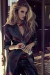 变三女郎Rosie Huntington-Whiteley巴西版《Vogue》2013年4月号