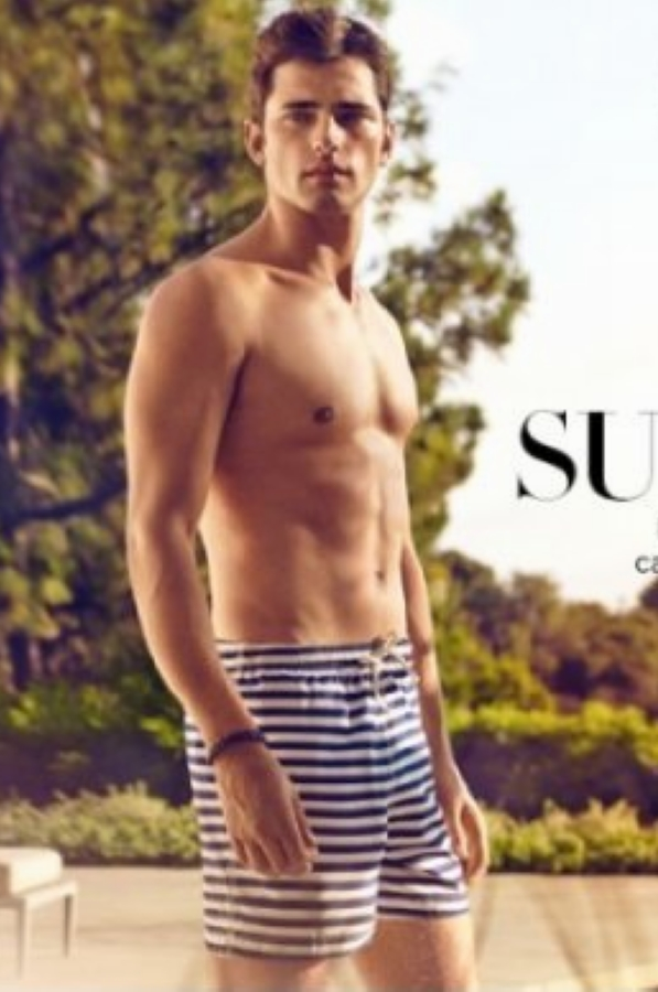 Sean O'Pry为H&M春夏系列拍摄宣传照