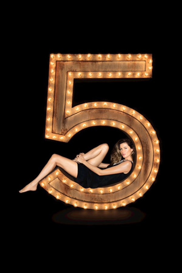 Gisele Bundchen演绎2014 Chanel No5香水大片
