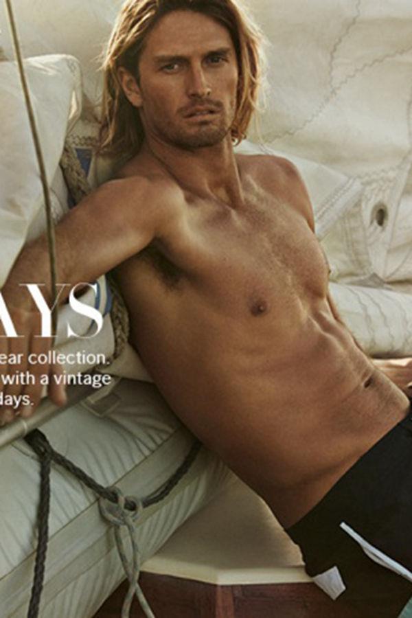 Ryan Heavyside和Henrik Fallenius演绎H&M新一期LOOKBOOK