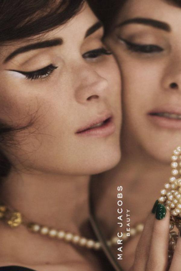 Winona Ryder演绎Marc Jacobs 2016春夏彩妆大片