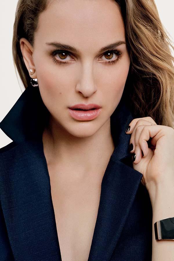 Natalie Portman演绎Dior 凝脂长效系列彩妆广告
