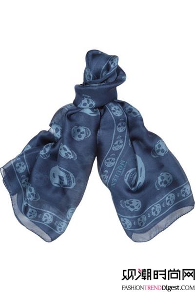 用围巾感受别样浪漫