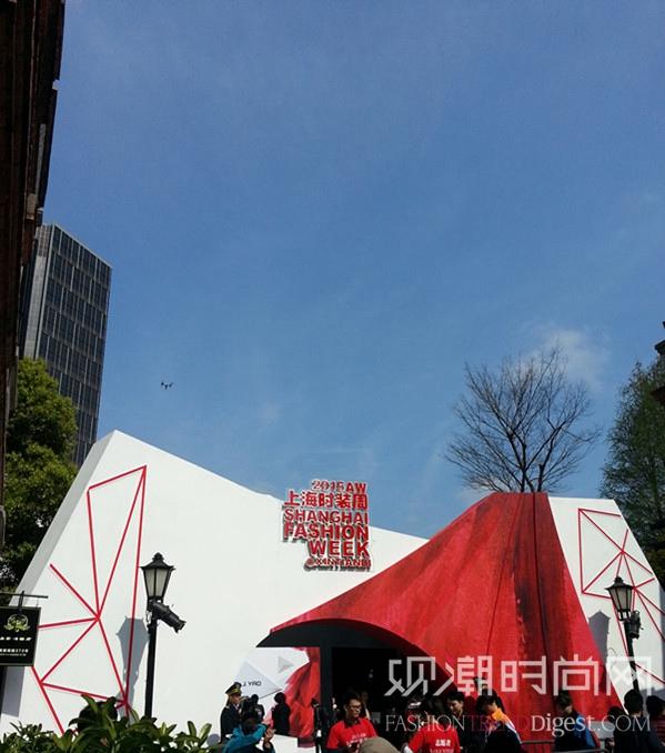 上海时装周:一席焦灼的盛宴