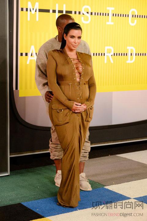 MTV大奖,穿得雷人你就赢了