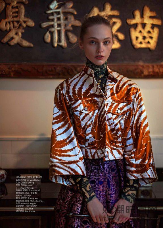 《Vogue服饰与美容》2月...