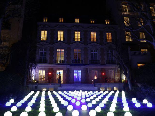"""怎样的艺术家才算最牛? J.M. Weston在巴黎告诉你一切的真相――J.M. Weston""""致敬Yves Klein""""展览暨Le Moc' 2016系列发布活动"""