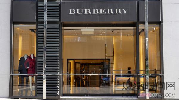 Burberry得益于英国游...