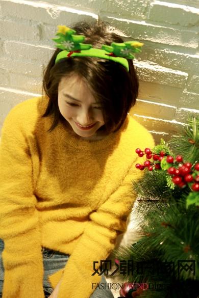 """高圆圆圣诞变成""""红绿灯"""",圣..."""