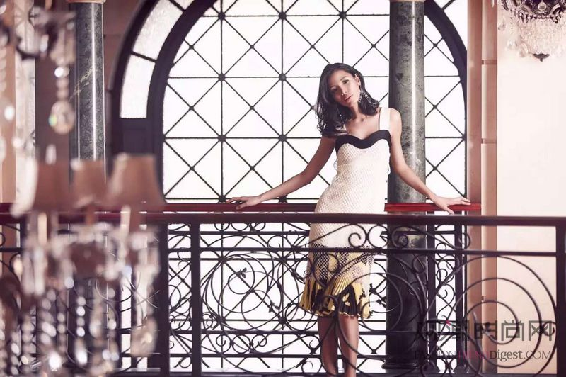 Dior秋冬大秀在即 先来回...