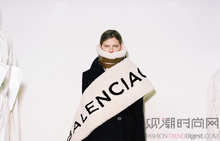 Balenciaga品牌前C...