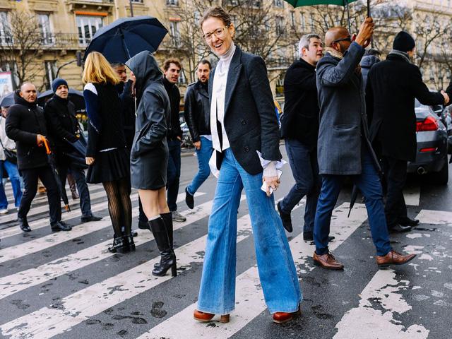 (牛仔裤)牛仔裤的时髦穿法,简约不同样