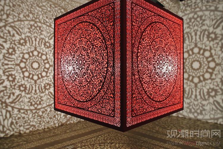 """复杂又细节丰富的立方体""""铸造..."""