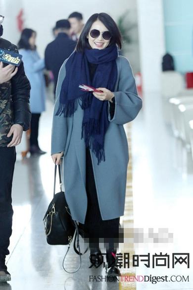 杨幂、高圆圆、刘雯在机场的穿...