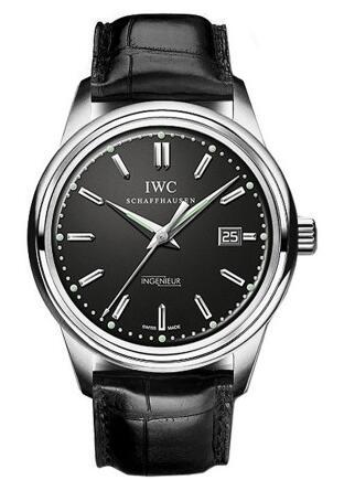 给我一台时光机 盘点几款复刻腕表