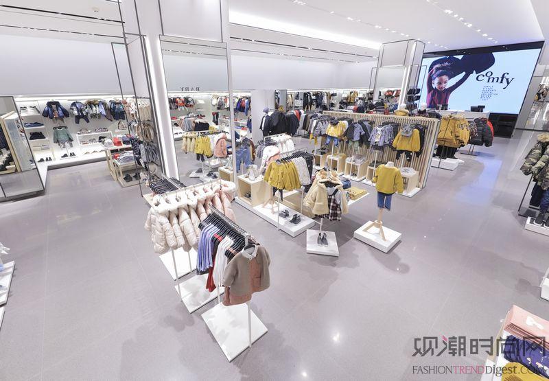 ZARA上海龙之梦购物中心店开幕