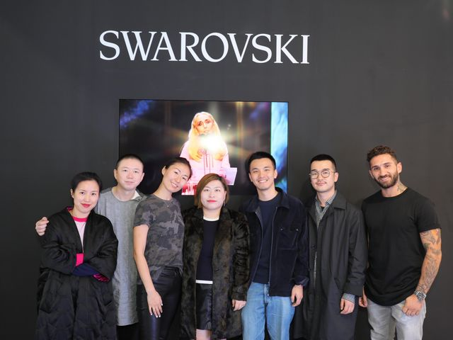 施华洛世奇携手2018春夏季上海时装周,鼎力支持亚太先锋设计师
