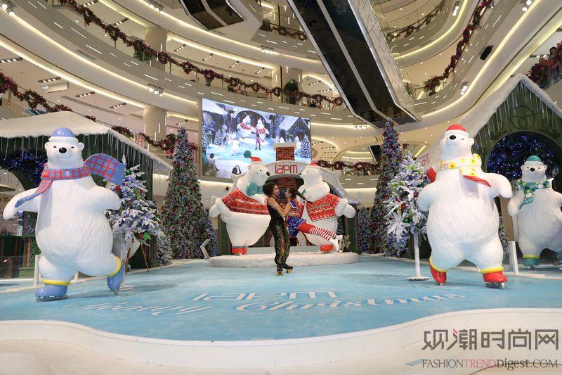 环贸iapm商场「熊抱冰雪圣...