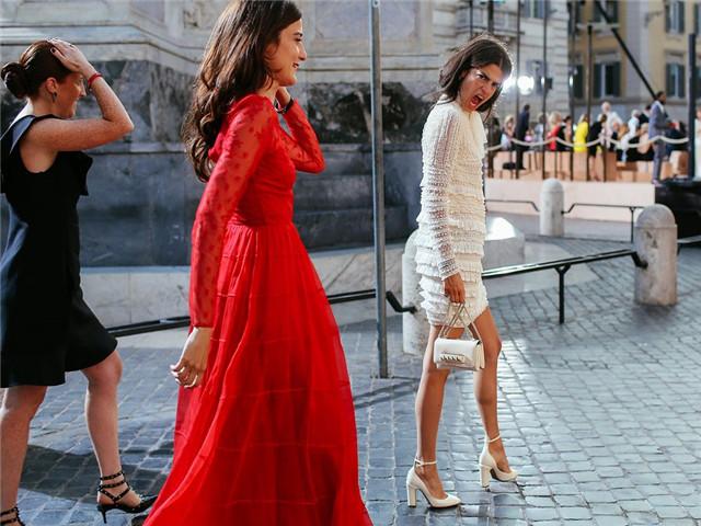 优雅女神离不开长裙,多少件都不够穿!