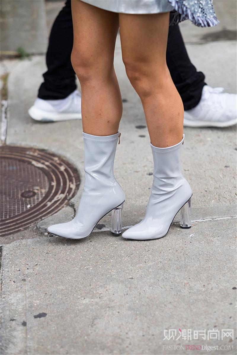 春季换新衣,百搭单品非小白鞋莫属