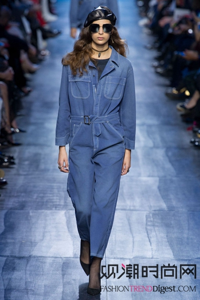Dior2017秋冬秀场单品-杨幂 刘诗诗 蔡卓妍开启牛仔模式,来场牛仔大
