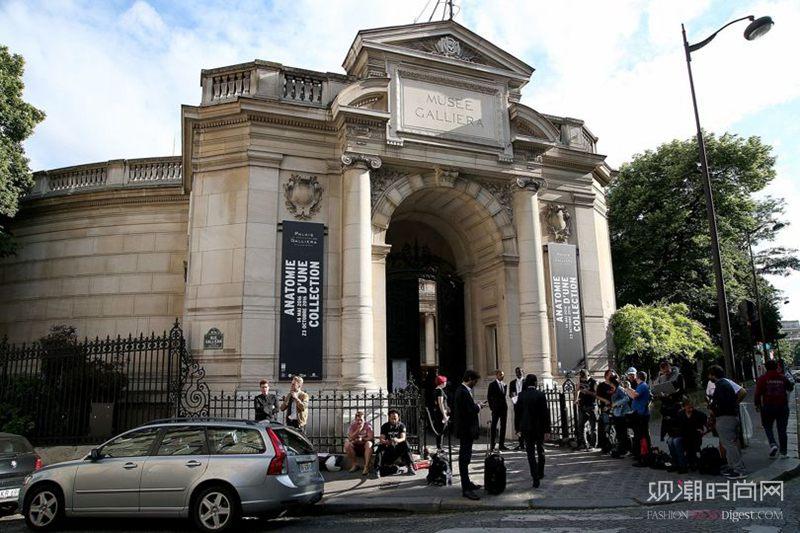 法国将有首个永久时尚博物馆,...