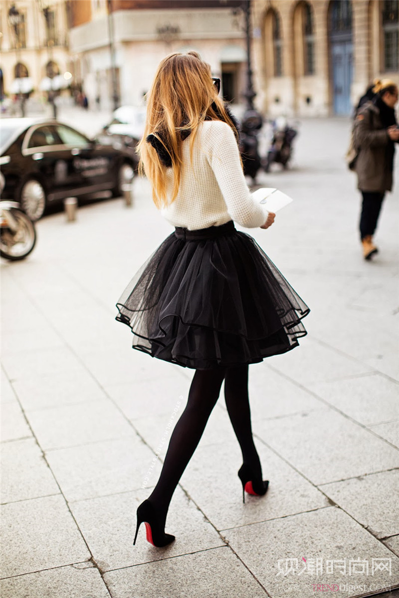 甜美范还不好穿?透视纱裙来一打!