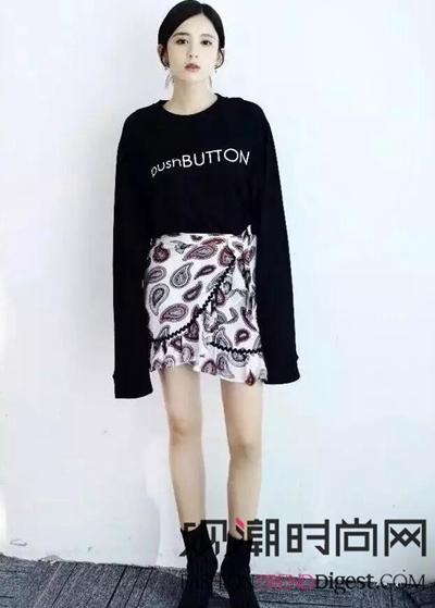 卫衣+裙子是最显瘦的CP!