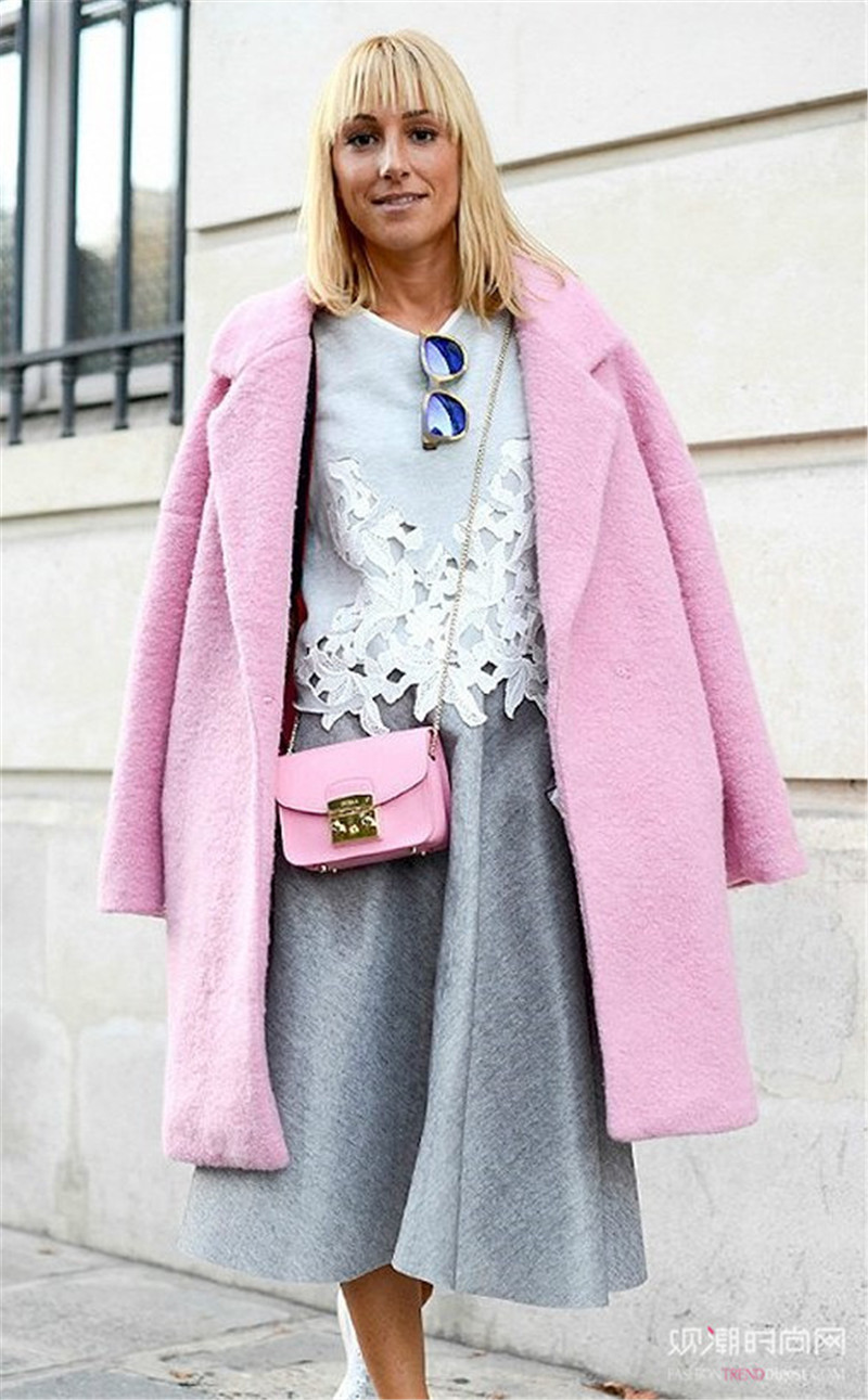 粉色这样穿,入秋时尚新风潮