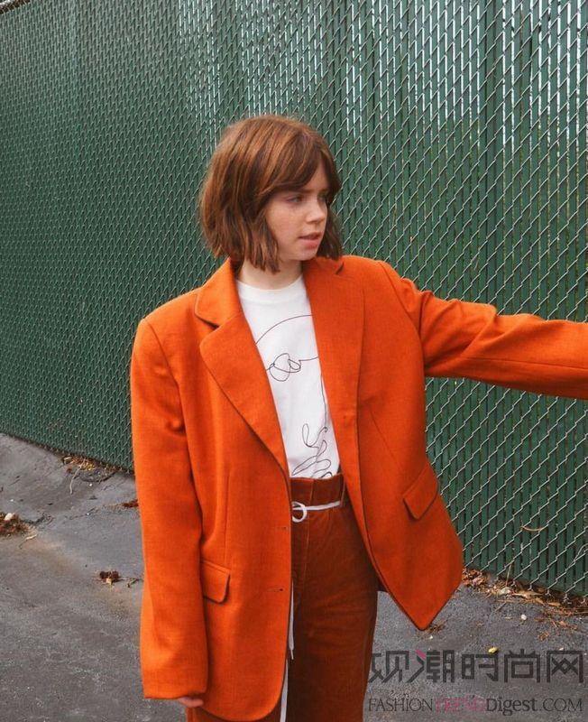 穿什么 都不如在秋天穿西装更...