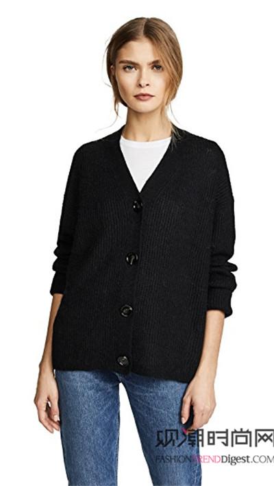 黑色打底衫闪亮登场,时髦实用...