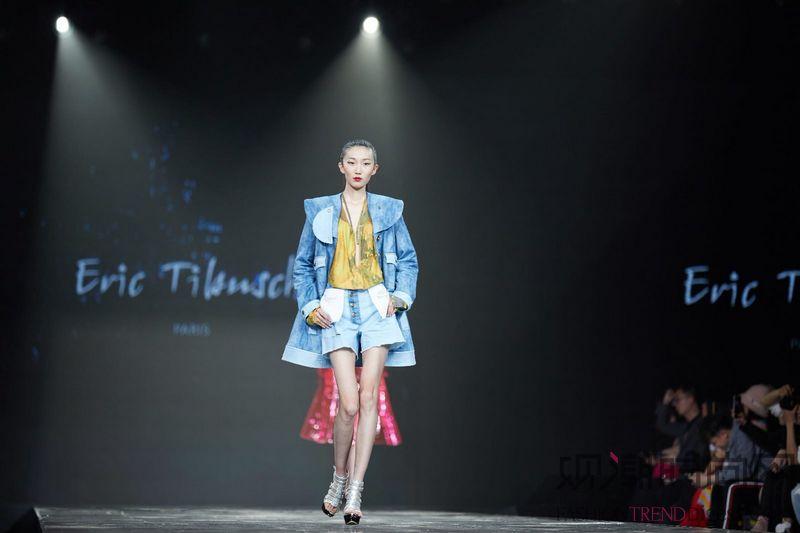 TOP100外滩时尚盛典闪耀上海
