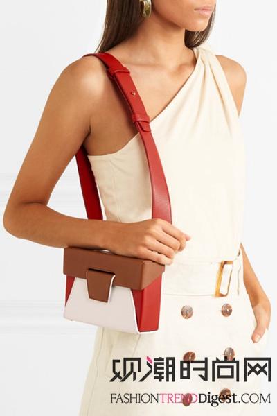 提醒!春夏连衣裙搭配包包的小贴士