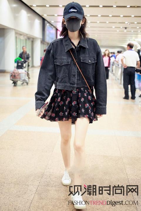 时尚女明星的机场秀,呈现最清...