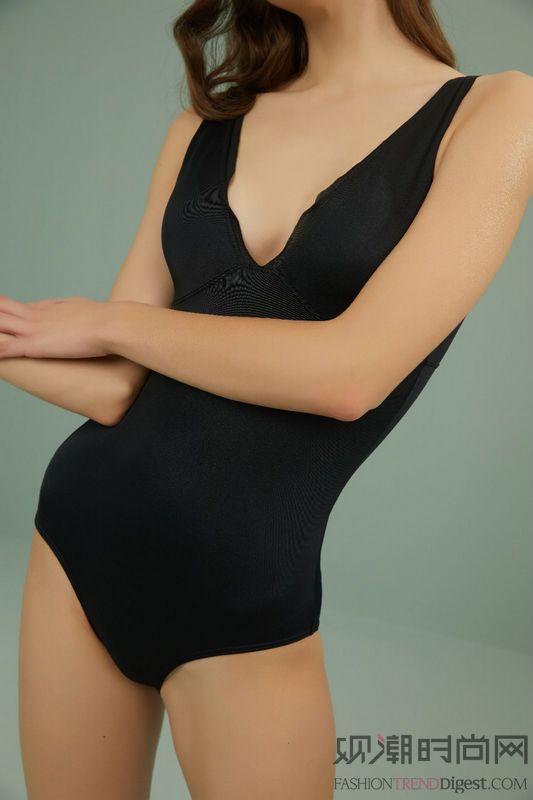 NEIWAI内外复古时髦泳衣...