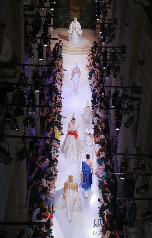 匠心筑梦 传承创新 2018秋冬上海高级定制周开辟海派时尚与新零售、体验式消费的融合之路