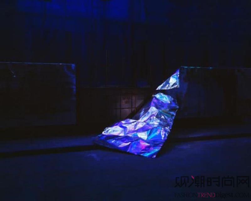 """卓纳画廊香港空间隆重呈现""""璀..."""