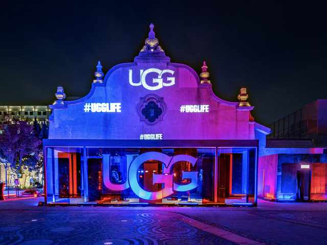 陈漫、钟楚曦亮相UGG®2019秋冬大秀 ――全新品牌宣言#UGGLIFE,致敬每个独特的你