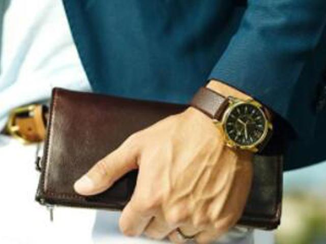 什么是手表衣柜?男士的表柜只需要三款腕表即可实现!